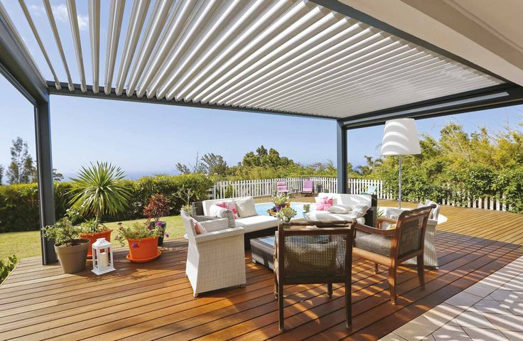 The aluminium terrace cover provides a solution to extended outdoor living, due to the motorised and automated louvred roofs which will offer protection from the elements or let the sun flood in. It will help you extend your time in the garden well into the autumn months as well as allow you to be outside in the varying climates of our British summer.