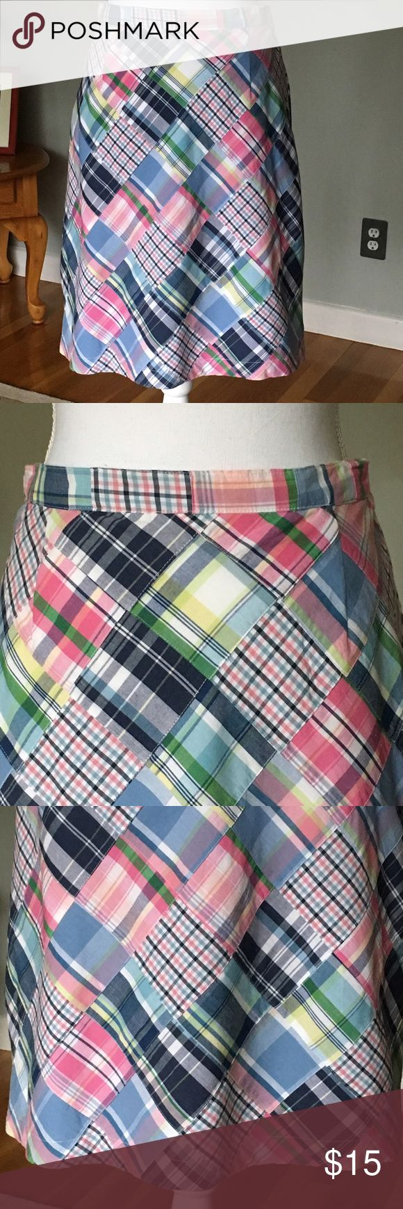 Preppy skirt plaid patchwork size 6 Willi Smith This is a pretty patchwork skirt in size 6.  100% Cotton by Willi Smith.  Fully lined with lightweight cotton fabric. It measures about 24 inches across the waistband and 21 inches from top of the waistband to bottom hem.  Gently used condition! Willi Smith Skirts Midi