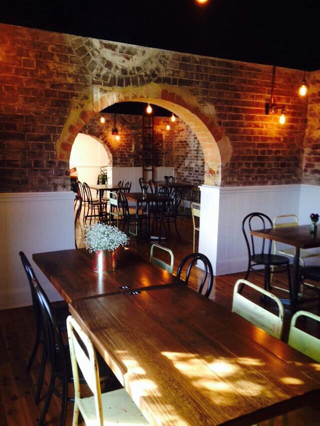 Dining room, natural light, exposed brick,vintage, industrial