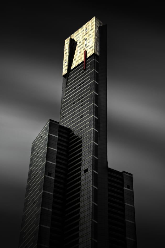 How to shoot incredible architecture images. Long exposure of Eureka Tower, with an ND to turn the clouds into silk. Nikon D800, 28-300mm f/3.5 lens, 360s @f16, ISO 100. Format Hitech Firecrest 16 ND Filter.