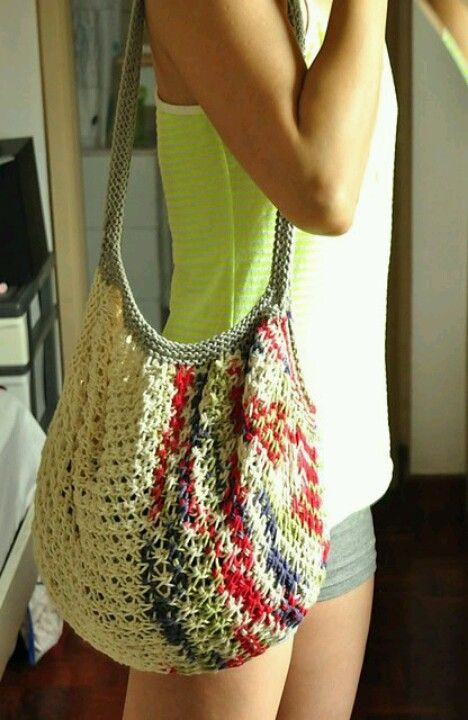 great summer bag... crocheted stuff is for all seasons!