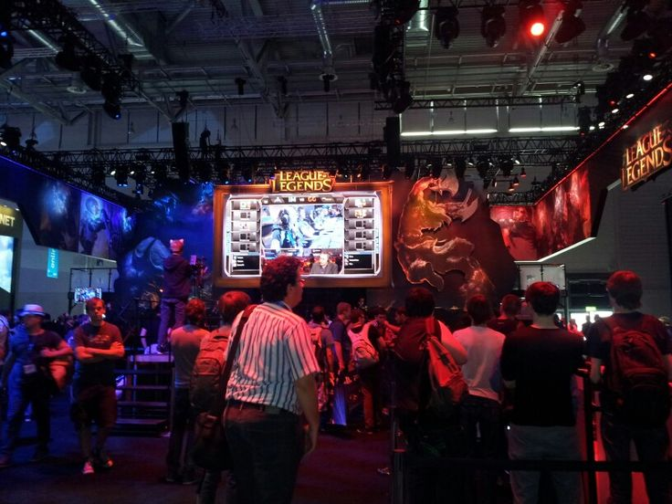 #lol #leagueoflegends #impressions #gamescom #games #game #gamescom2013 #cologne #gamer #browsergames #crowd #gaming #people #onlinegames #gaming