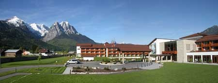 Edelweiss lodge and resort a military resort in the for Designhotel garmisch