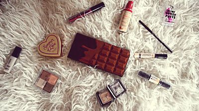 The Makeup Stall: My Top 10 Favourite Affordable Makeup Products For The Month Of June  In this article I am going to share with you my top favourite affordable products for the month of June. I have been loving a lot of products last month. There is nothing better than finding a good quality product for such a bargain because we must admit makeup can be quite expensive.