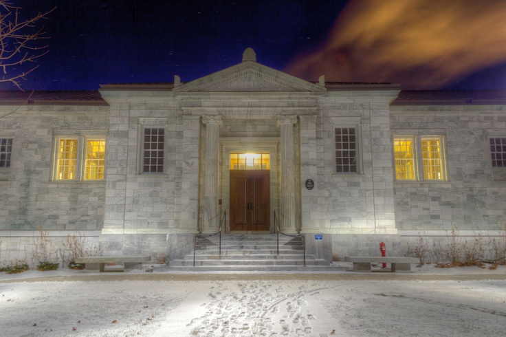 Starr Library at Middlebury College