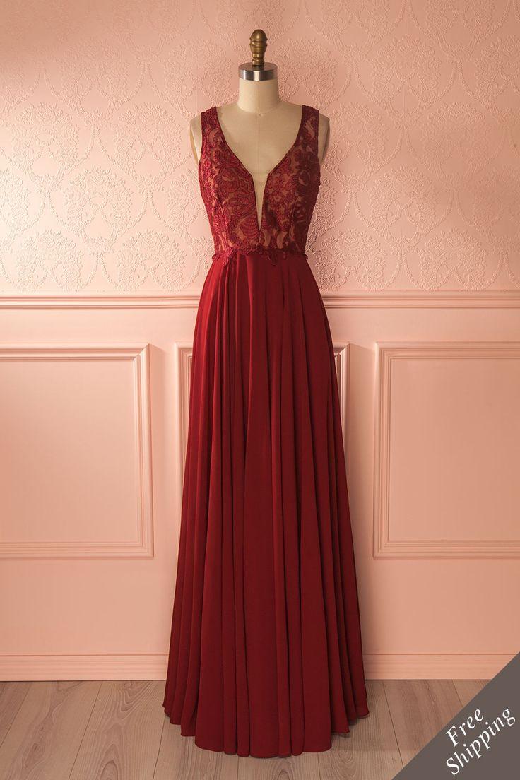 Robe de soirée bourgogne en dentelle brodée - Burgundy embroidered lace gown