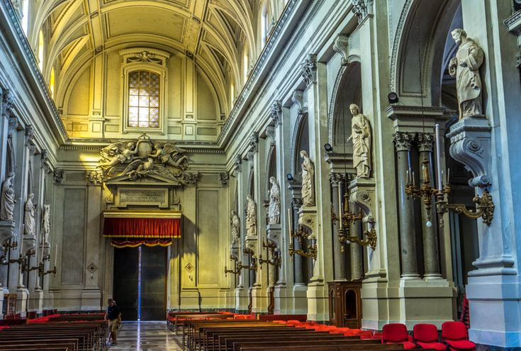 Palermo Cathedral yang bergaya klasik ini, membuat kita seolah berada di jaman dahulu kala.  photo by Francis  Palermo Cathedral, Italy