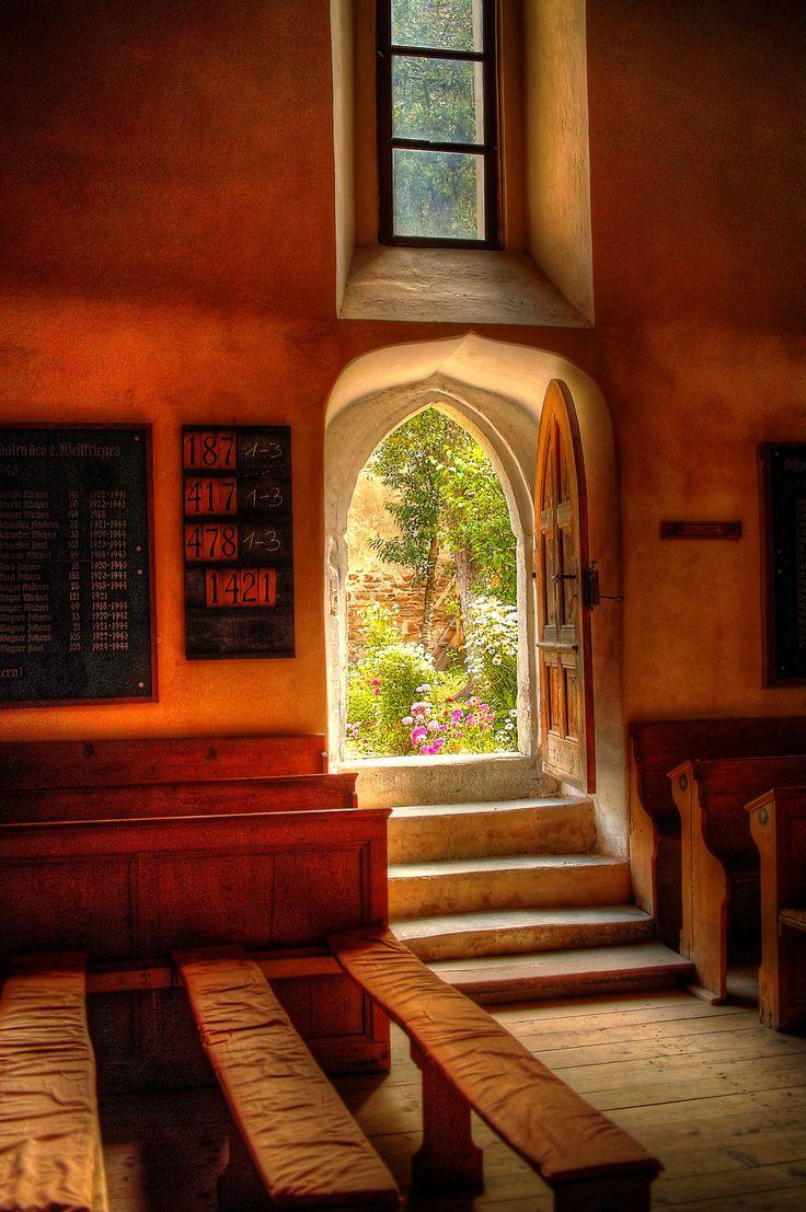 https://flic.kr/p/uMNDGx   Biserica fortificata Cincsor