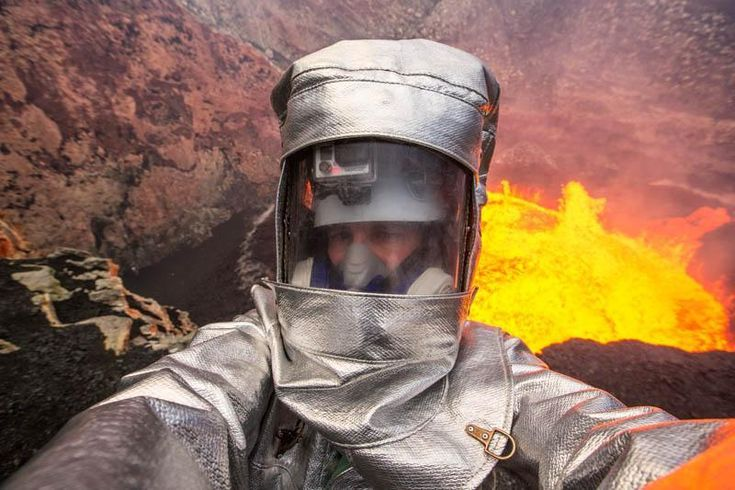 Volcano Selfie Most Extreme Selfies • Page 5 of 6 • BoredBug
