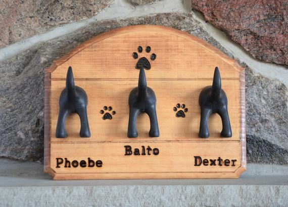 This Personalized Wall Dog Leash Holder That Features The Names Of Your Dogs And Paw Prints Burned Deep Into Dog Leash Holder Personalized Dog Leash Dog Leash