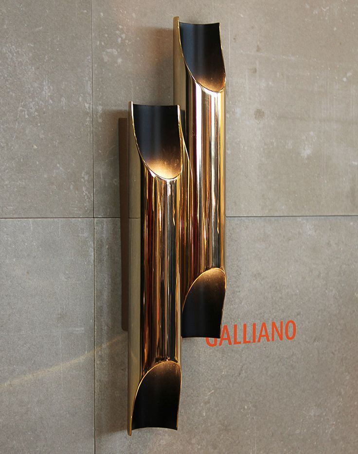 Details and more details, perfect modern wall lamp #InteriorDesign #Decor #WallLamp #LuxuryLighting #MidCentury For more inspiring images, click here: http://www.delightfull.eu/en/