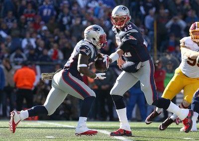 HOPEFULLY JUST A SPRAIN...MRI TOMORROW...FOXBORO -- The Patriots are holding out hope for the best possible news for injured running back Dion Lewis.  According to Jason LaCanfora of CBS Sports, the