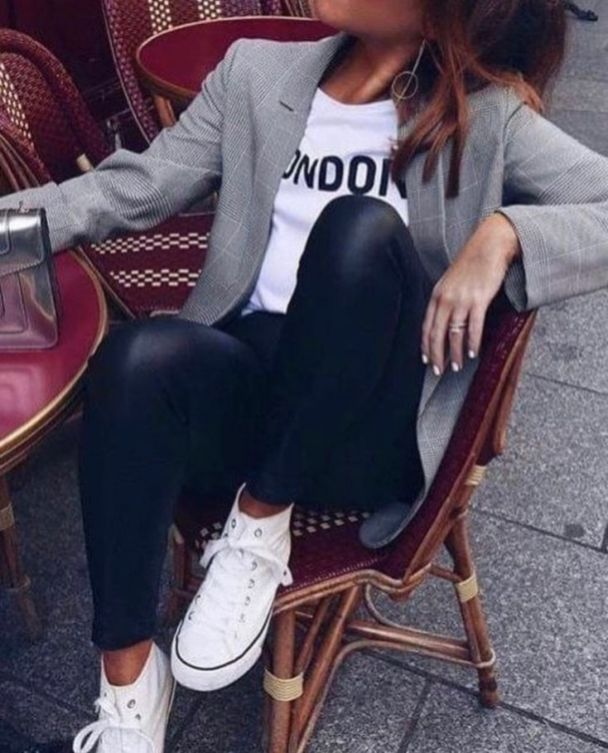 30 Comfy Office Outfit Trends To Try