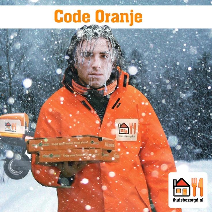 Voor onze fighters was de KNMI weersvoorspelling met een 'code oranje' een kansje voor een design.  Fighter:Timon1989    Brand: Takeaway.com (thuisbezorgd.nl)