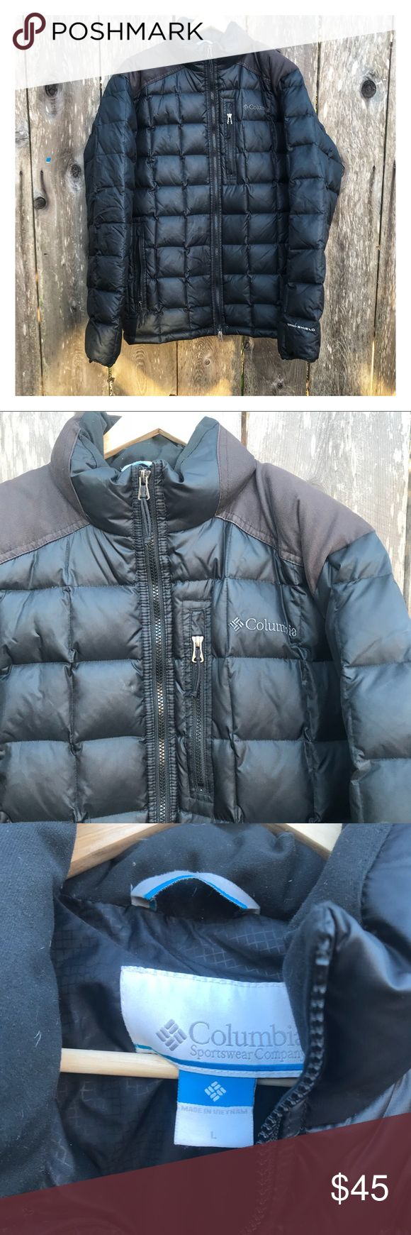 Columbia Sportswear Men's Large Winter Jacket used Men's large Columbia sportswear jacket in black. Pre worn. See all photos for details. There's some marks on the upper back but can probably be able to get out easily. Free gifts with every purchase. Bundle and save. columbia Jackets & Coats Performance Jackets