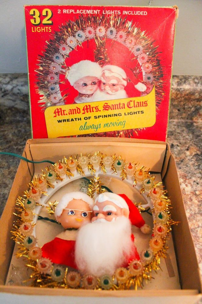 Vintage Christmas Tree topper Decoration Mr Mrs Santa Wreath Spinning Lights IOB