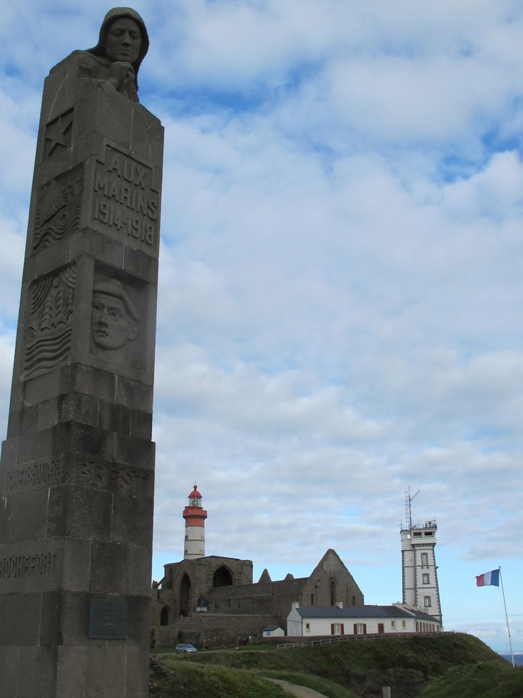 Point St Mathieu - WW1monument to lost sailors