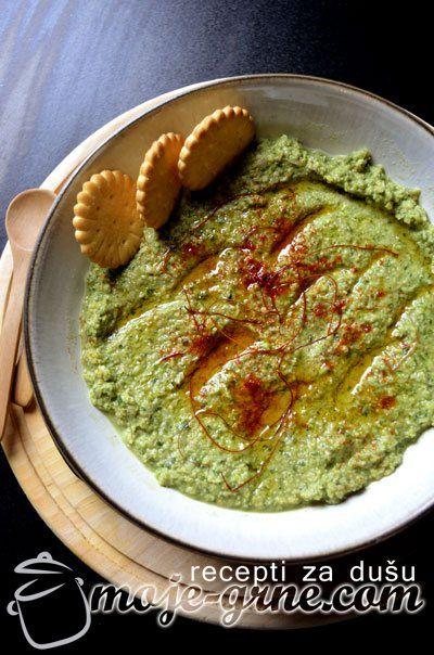 Humus od lisnatog kelja & domaća Tahini pasta