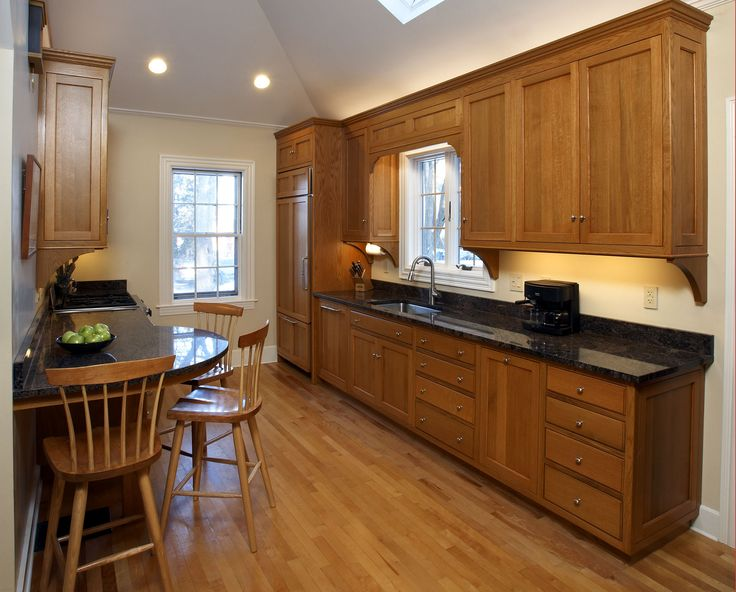 Kitchens With Oak Cabinets Dovetail Kitchen Oak 2 150x150 Dovetail Signature Kitchen Red Oak