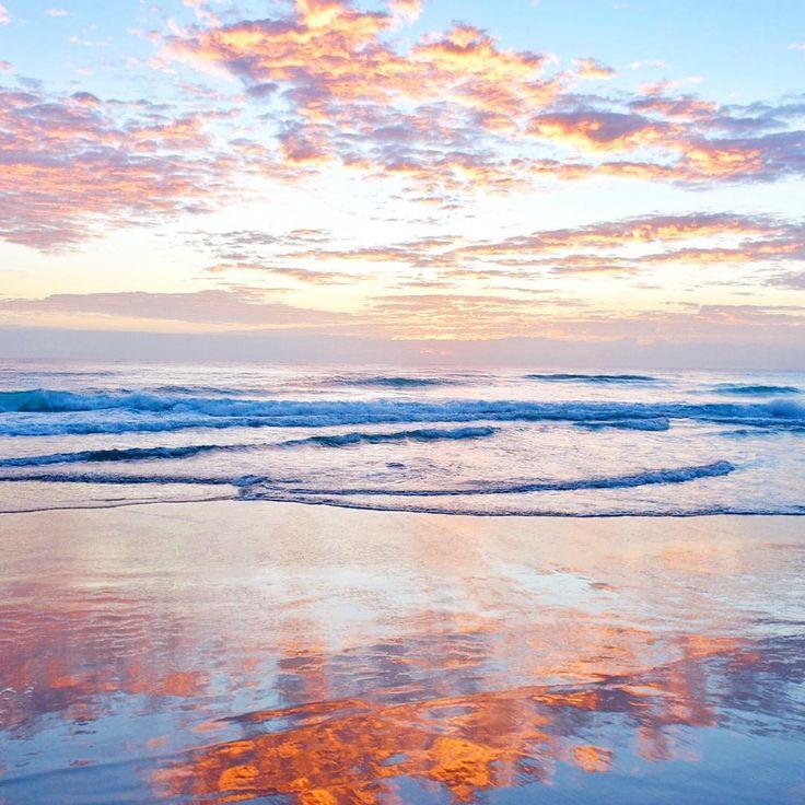 Sunrise at Mermaid Beach by @alittleatlarge