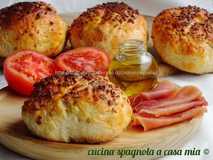 PANE ALL'AGLIO | Ricetta Pane Facile fatto in casa: http://blog.giallozafferano.it/cucinaspagnola/pane-allaglio/