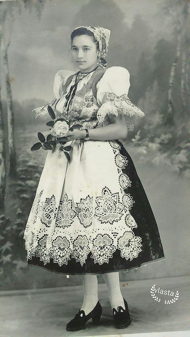 Hontianske Nemce - Slovakia folk