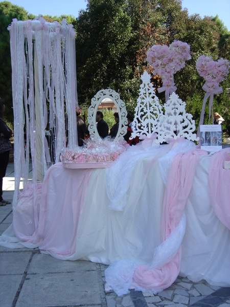 Table cloths for first communion.: 1St Communion, First Communion Decor, Baptisms Decor, Baptisms Christening, Ella Parties, Parties Ideas, First Communion Ideas Parties, Parties Entertainment, Baptisms Communion