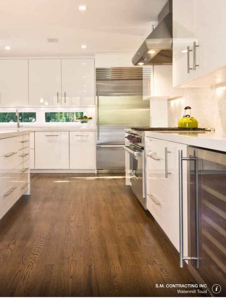 Walnut Wood Kitchen Floor With White Or Ivory Gloss Doors