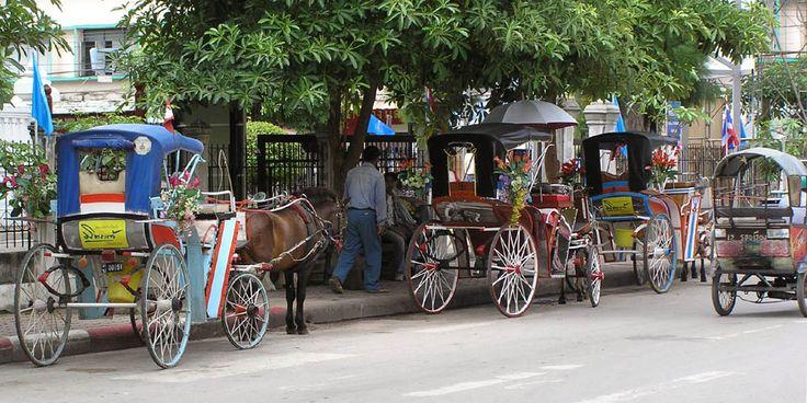 Photo: Thailand - Lampang / Lampang: the scenery of carriage stop.