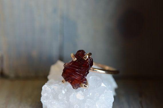 Spessartite Garnet Ring. Garnet Gemstone Claw Ring. Raw Rough Natural Garnet on 14k Gold Filled. Natural Stone Simple Ring. Stackable Stone