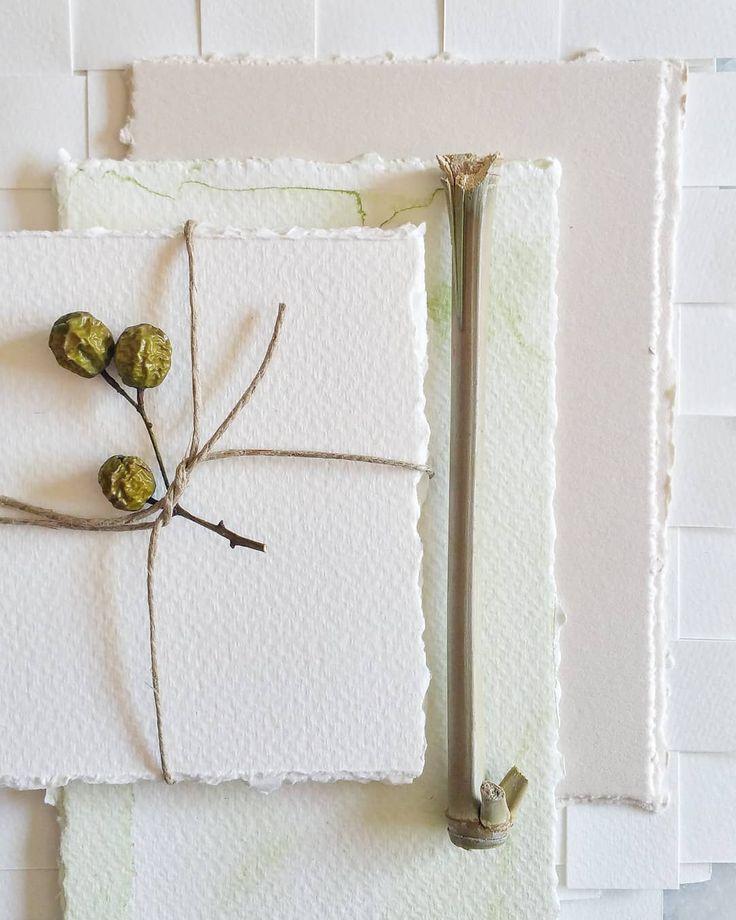 Paper, paper, paper.... 😍 Photo: a pajarita ♡  #apajarita #weddindinvitations #weddinginspiration