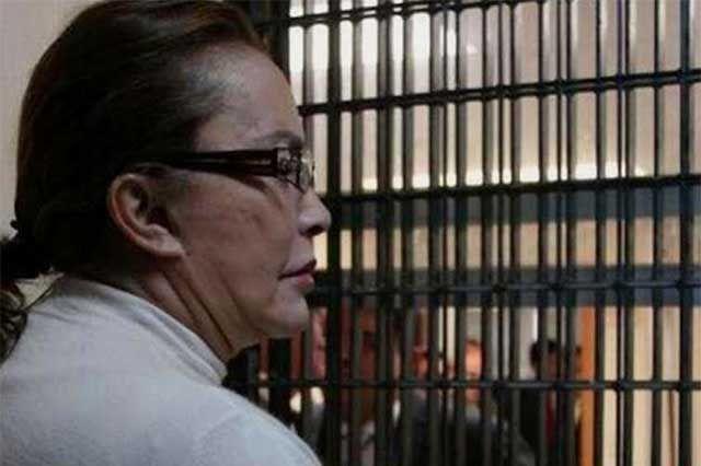 m.e-consulta.com   Hoy podrían conceder prisión domiciliaria a Elba Esther Gordillo   Periódico Digital de Noticias de Puebla   México 2015