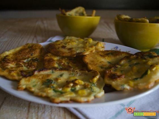 Frittelle di mais un finger food sfizioso  #ricette #food #recipes