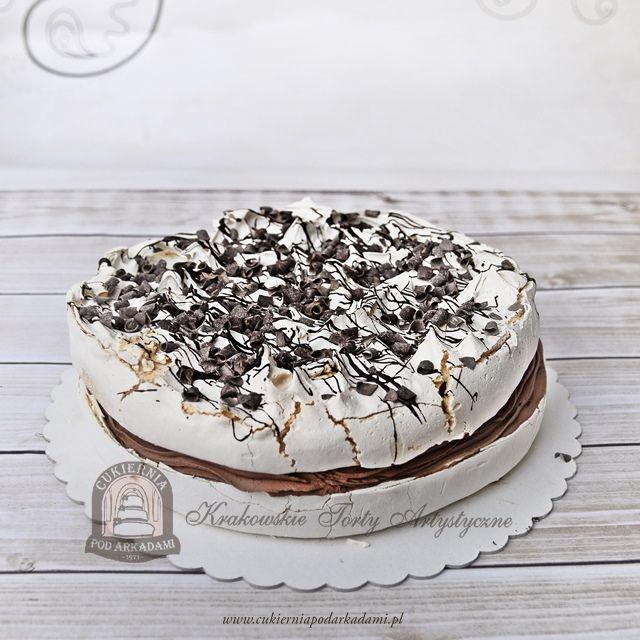 8BC Tort Pavlova. Our version of Pavlova – a meringue dessert with a crisp crust and soft, light inside.