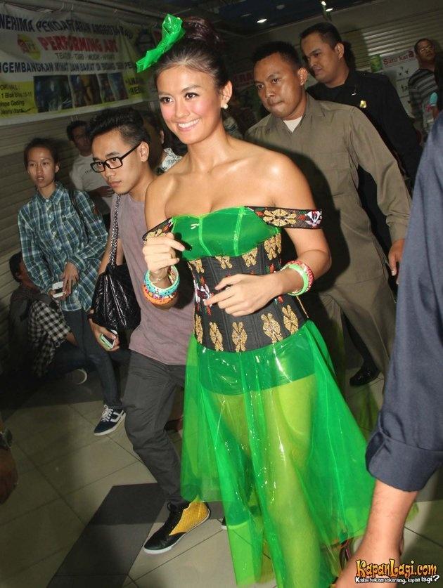 Agnes Monica - Nickelodeon Indonesia Kid's Choice Award 2012