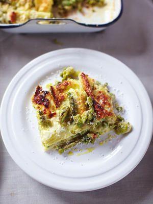 Ein herzhaftes Stück von Jamie Olivers Gemüselasagne