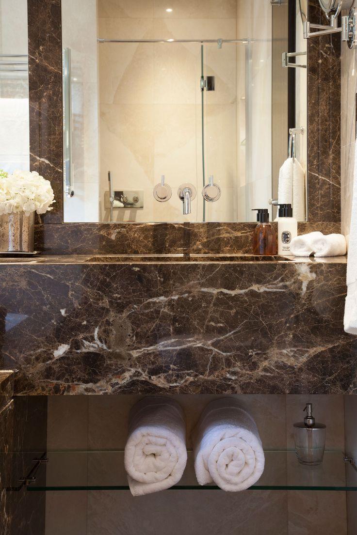 Master En-suite Vanity Detail  | JHR Interiors