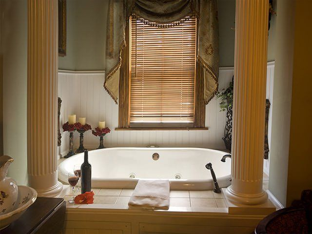 The expert in offering the renovation service for your home at affordable price and customized package. For #best #Bathroom #Renovate in #Melbourne hire the best service provider.
