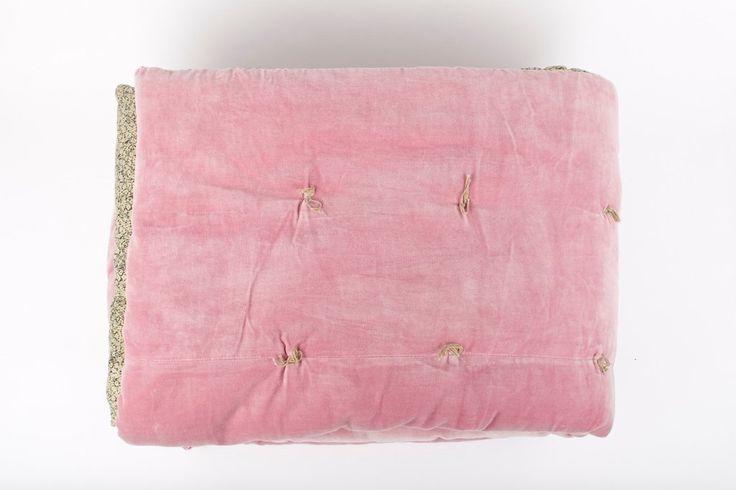 en fil dindienne plaid velours jete lit tosca rose. Black Bedroom Furniture Sets. Home Design Ideas