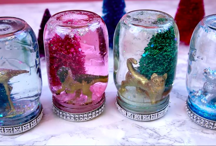 These DIY personalized snow globes are so easy to make