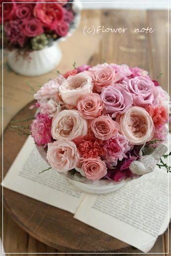【今日の贈花】淡いピンクと音楽と♪|Flower note の 花日記 (横浜・上大岡 アレンジメント教室)