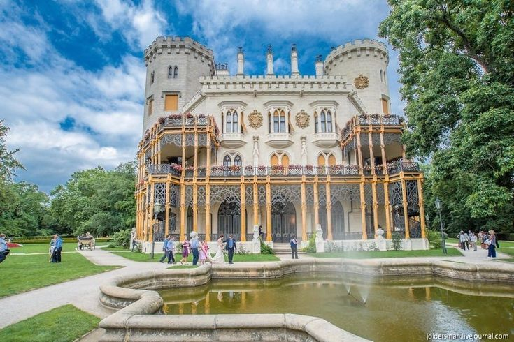 Замок Глубока-над-Влтавой - белоснежная жемчужина Южной Чехии - Путешествуем вместе