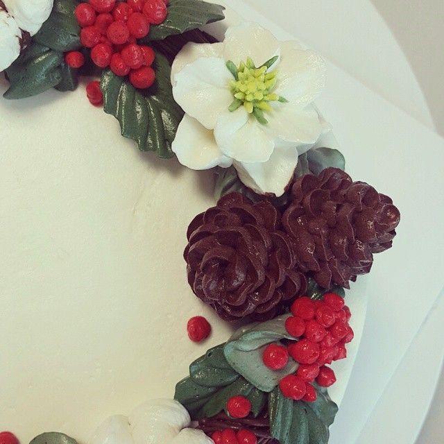 #크리스마스 #겨울 #연말  #버터비 #butterbe #flowercake #buttercream #cake #cupcake #baking #homebaking  #weddingcake #플라워케이크 #꽃케이크 #케이크 #버터크림 #베이킹 #홈베이킹 #웨딩케이크 #컵케이크 #머핀 #디저트 #케잌 #제빵 #제과 #빵 #수제케이크 #캐릭터케이크