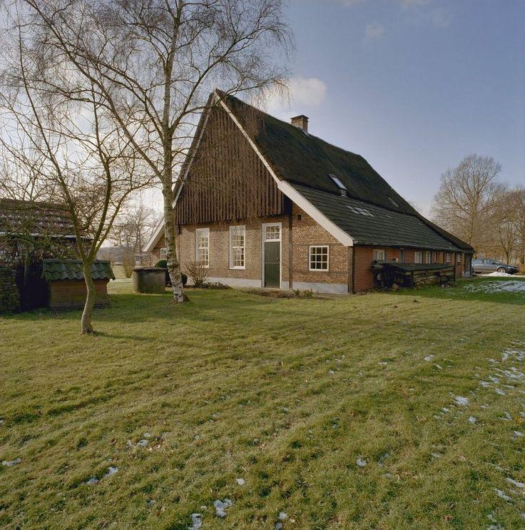 17 beste afbeeldingen over twentse erven boerderijen op pinterest nederlands nederland en - Kantoor onder het dak ...