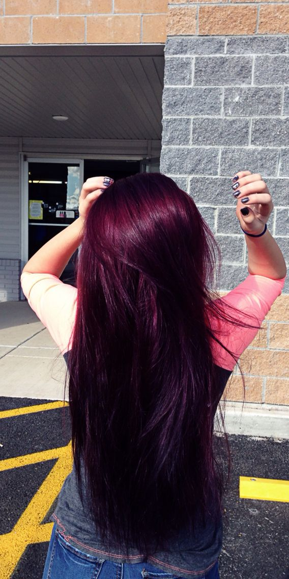 Purple Burgundy hair. Instagram( @_maddie_lee_ )