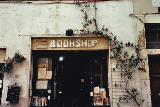 hole in the wall, bookshop