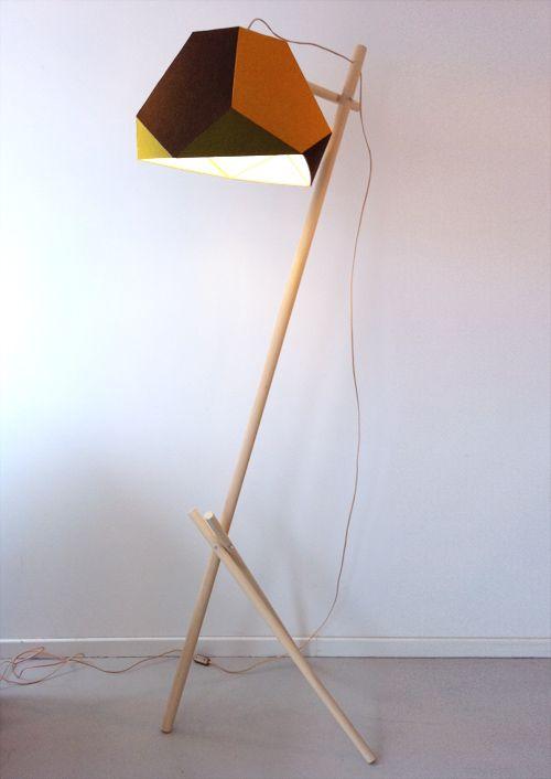 Claude Saos,  Arizona Dream, 2011  bois, feutre, aluminium cuivré  200x60x80 cm