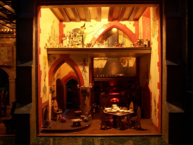 129 best images about colleen moore 39 s 7 million fairy castle dollhouse on pinterest miniature - The dollhouse from fairy tales to reality ...