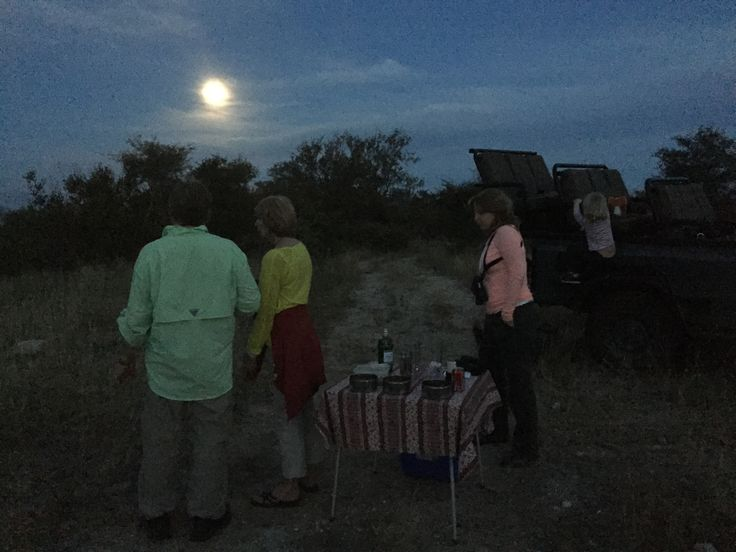 Sundowners with the full Moon.