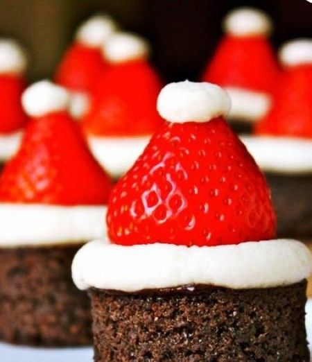 2013 Cute Christmas Tree Finger Food, Christmas Hat Dessert, 2013 Christmas Food Ideas | How To Have A Nicer Party With These Cute Christmas Finger Food by HomeAndFood